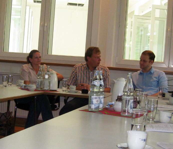 v. .l. n. r.: S. Schür (AWO), M. Hess (AWO), Stefan Kummer