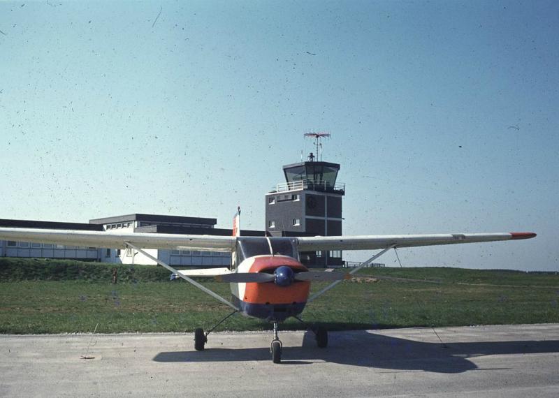 Einmotoriges Sportflugzeug