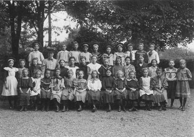 LYZ11FrlSchmitz1906