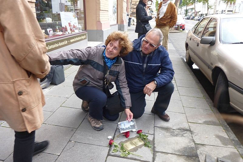 Stolpersteine für die Großeltern in Kassel am 3.11. verlegt
